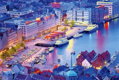 Bergen Norway - 1000pc Jigsaw Puzzle by Tomax