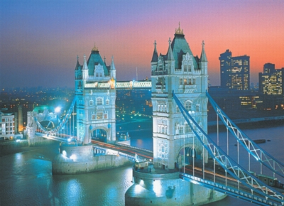 Tower Bridge, London - 500pc Glow in the Dark Jigsaw Puzzle By Tomax