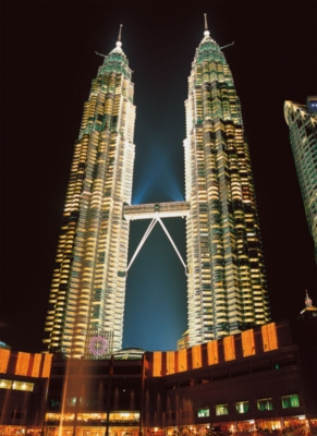 Twin Towers, Malaysia - 500pc Glow in the Dark Jigsaw Puzzle By Tomax