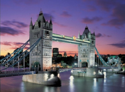 Tower Bridge, London - 1000pc Glow in the Dark Jigsaw Puzzle by EDUCA
