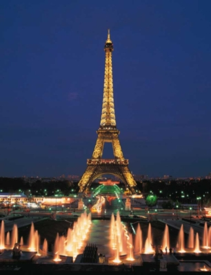 Eiffel Tower, Paris - 1000pc Glow in the Dark Jigsaw Puzzle by EDUCA