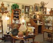 Jigsaw Puzzles - Antique Shop