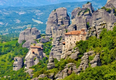 Meteora Monasteries, Greece - 2000pc Jigsaw Puzzle By Castorland